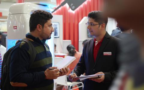 인도 1위 바텍, 10년 품질보증으로  3D 시장 공략한다